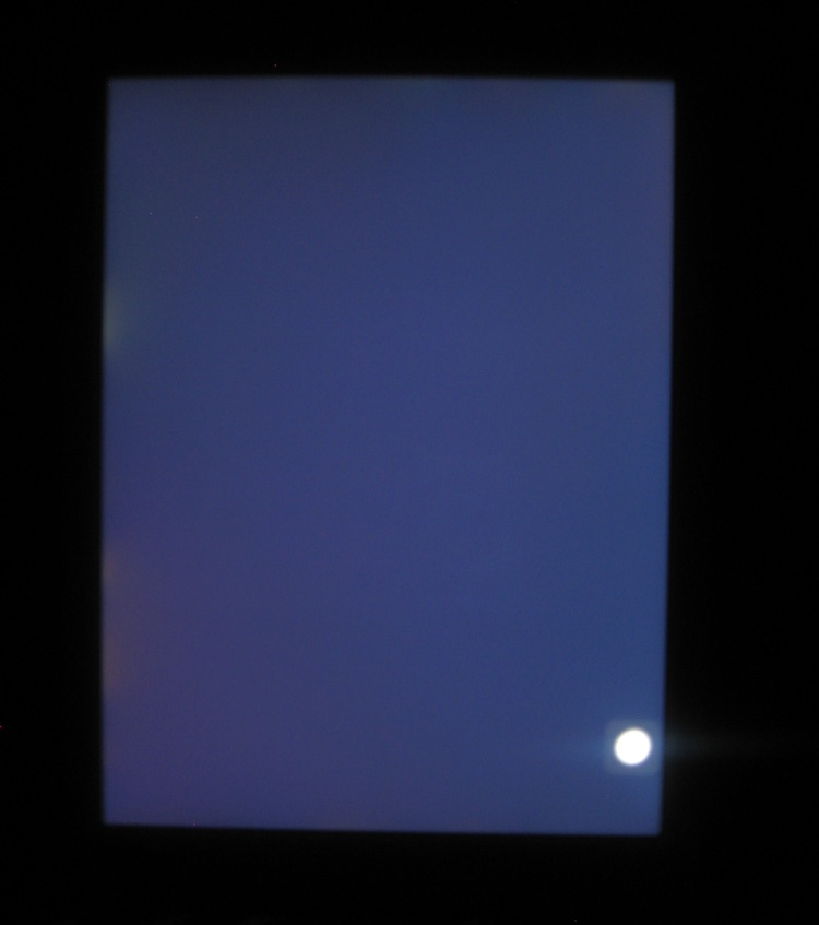Backlight Bleeding on an iPad 6th Gen.