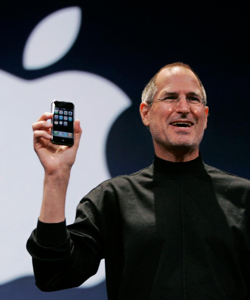 Steve Jobs introducing the first iPhone