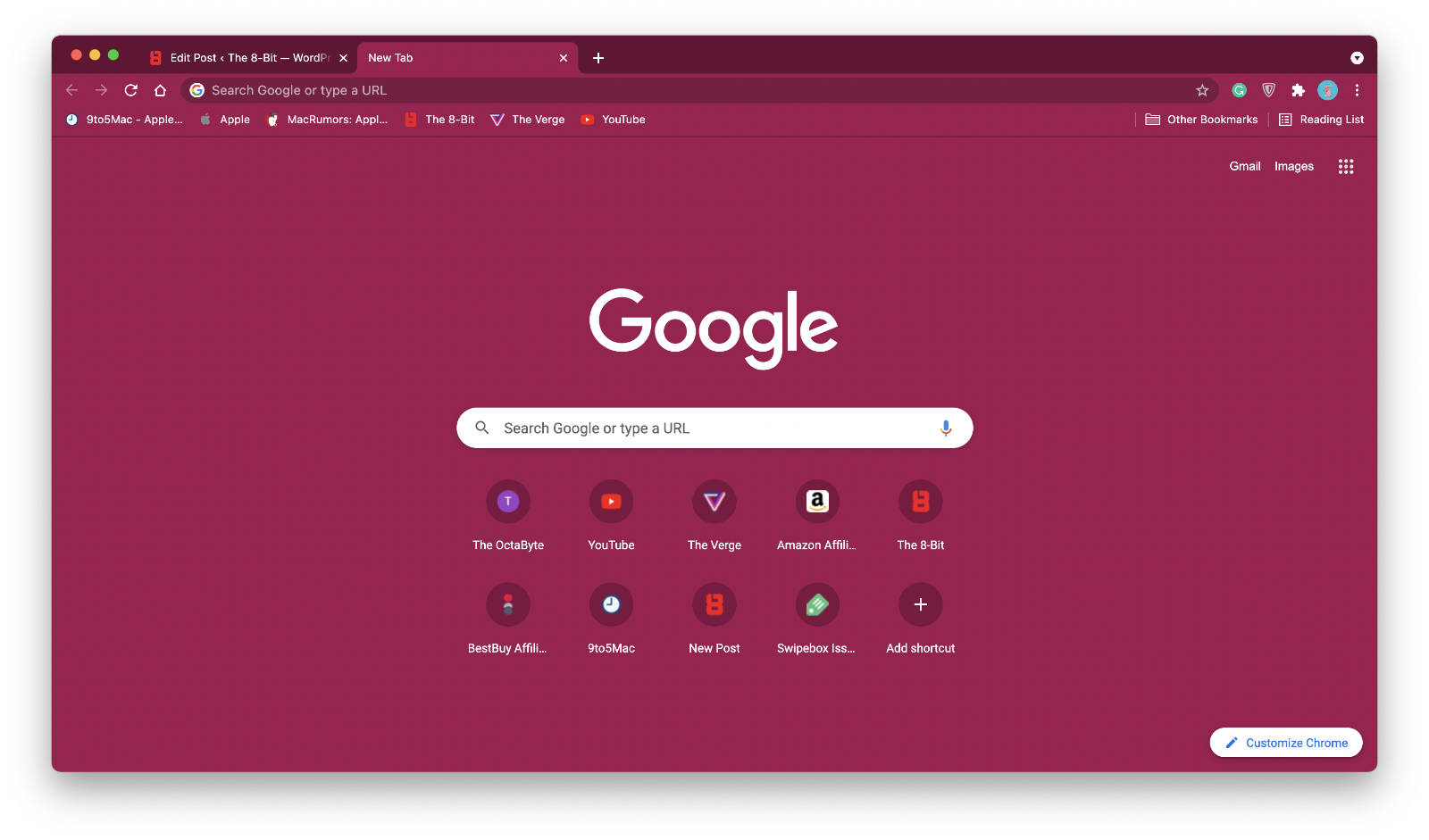 Chrome's window themed with red color.