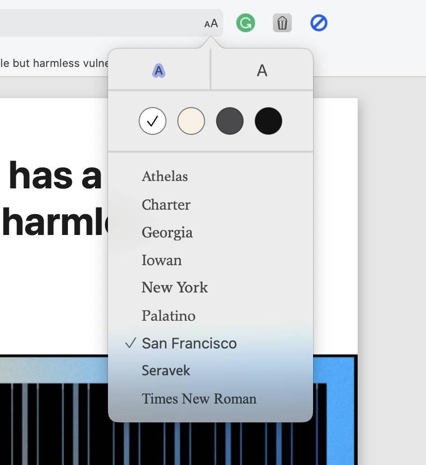 Customization options in Safari's Reader Mode.